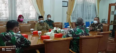 Wakil Ketua DPRD Purwakarta Warseno Terima Kunjungan Dosen Utama Seskoad