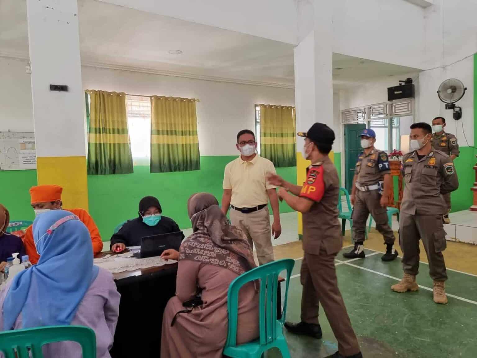 Ketua DPRD Purwakarta Keliling Monitoring Vaksinasi di Kecamatan Campaka
